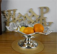 Европейский волнистые серебристого металла украшения лоток для фруктов кондитерские сушеные продукты стоят резные тиснением свадебные события поднос SG095