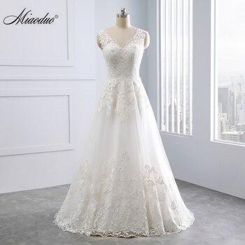 2019 A-Line Wedding Dresses with Lace Appliques Robe de mariage Illusion Back vestido de noiva Count Train Bridal Gowns Romantic
