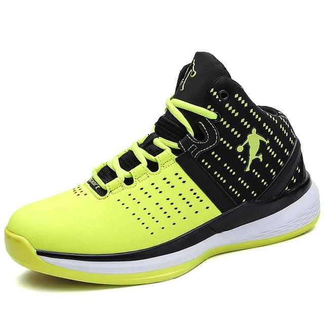 9c1b753fb0 Venta caliente 2018 zapatos De Baloncesto transpirables para hombre  Zapatillas antideslizantes Jordan Zapatillas De Baloncesto otoño