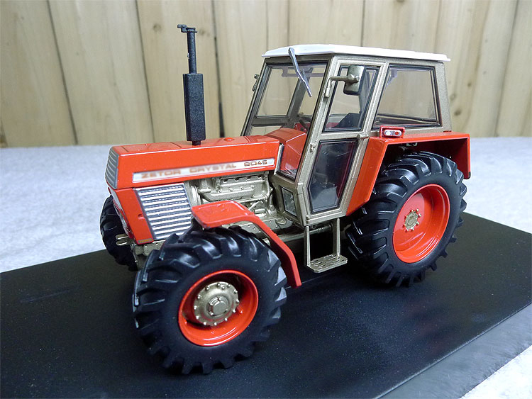 1:32 model 5272 Crystal 8045 2WD Red Version tractor engineering vehicle model Alloy collection model rep 1 32 fiat 110 90 tractor alloy model agricultural vehicles favorites model
