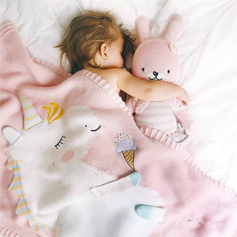 Baby Blanket Cute Cartoon Unicorn Pattern Knitted Air Conditioning Blanket Baby Photography Props Baby Stroller Newborn Blanket chic quality casual style solid color cotton pattern knitted blanket