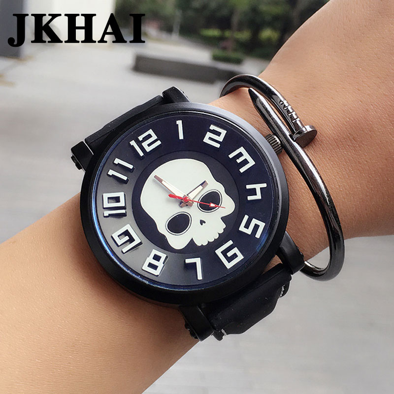 Male and Female Students' Personality Watch Oversized Dial Skull Pattern Leather Watchband Neutral Retro Couple Watches male and female students personality watch oversized dial skull pattern leather watchband neutral retro couple watches