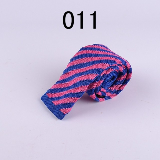 Lingyao HOT Sale knitted tie fashion narrow skinny slim casual knitting weave necktie blue with pink stripes