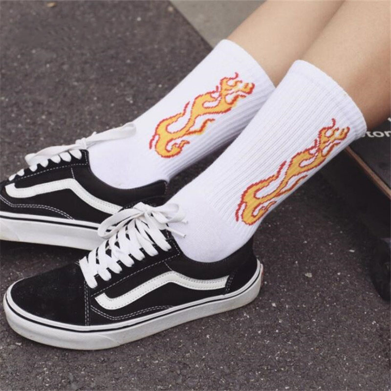 Men Fashion Flame Pattern Hip Hop Funny Man   Socks   Jacquard Harajuku Fire   Socks   Street Skateboard Cotton   Socks   Men Streetwear S-8