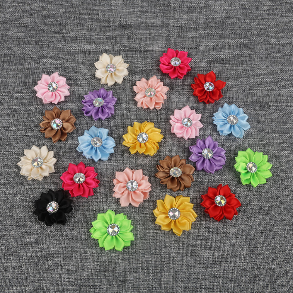 10 Beautiful Wooden Carnation Flower Design Buttons 30mm 3cm Free UK P/&P