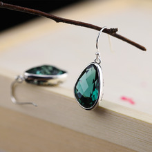 Silver Products S925 Pure Silver Jewelry Earrings Wholesale, Thai Silver Seiko Hollow Design Cut Green Crystal Eardrop цена 2017