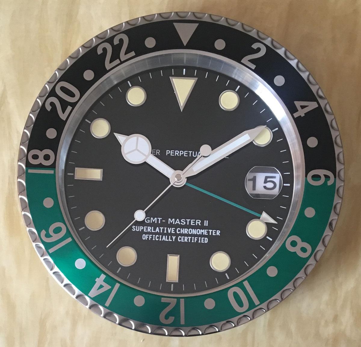 S & F Met Vergrootglas Retail Metalen Horloge Vorm Wandklok met Kalender Luxe Klok op De Muur - 5