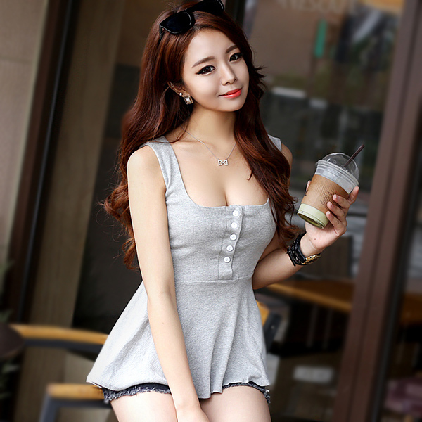 2016 Korean all-match doll shirt buttons show low cut sexy Camisole large swing chest backing waist coat female