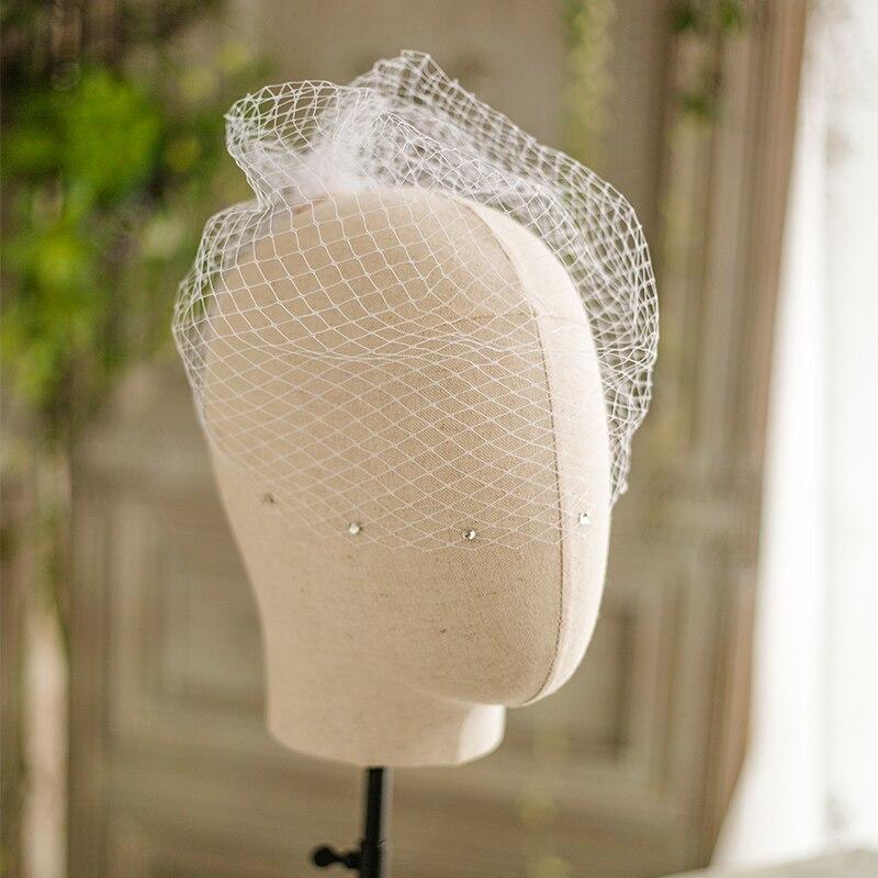 High Quality Handmade Ivory Blusher Brides Veils Beadings Soft Wedding Veils Tulle Bridal Veil For Woman