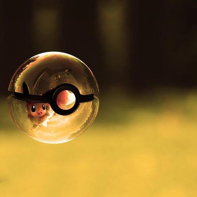 HY New Arrivels Eevee Pokemon 3D Crystal Ball 7 Colors Rotation Pocket Monster 3D LED Night Light Desk Table Lamp