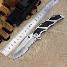 Very Sharp Serrations Folding Knife Camping Tactical Survival Knives Pocket Knife Brush Finish 60HRC partially serrated edge
