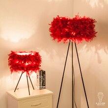 A1 Die NEUE Mode Design Hochzeit Zimmer Warm Wohnzimmer Lampe Schlafzimmer Nachttischlampen Federn Tischlampen