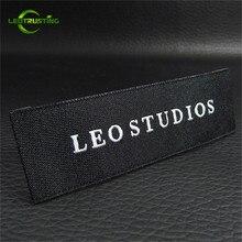 Leotrusting 1100 قطعة مخصص شخصية ماركة الملابس تسميات المطرزة قابل للغسل الملابس ملصقات أسماء منسوجة خصلات الشعر المستعار تسميات 1.5x7cm
