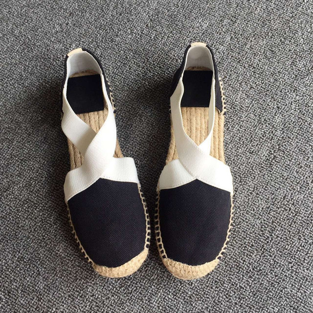 Hot Sale Woman Shoes Black White Woman Flats Round Toe Chic Woman Casual Shoes Comfortable Espadrilles Brand Runway Star Shoes