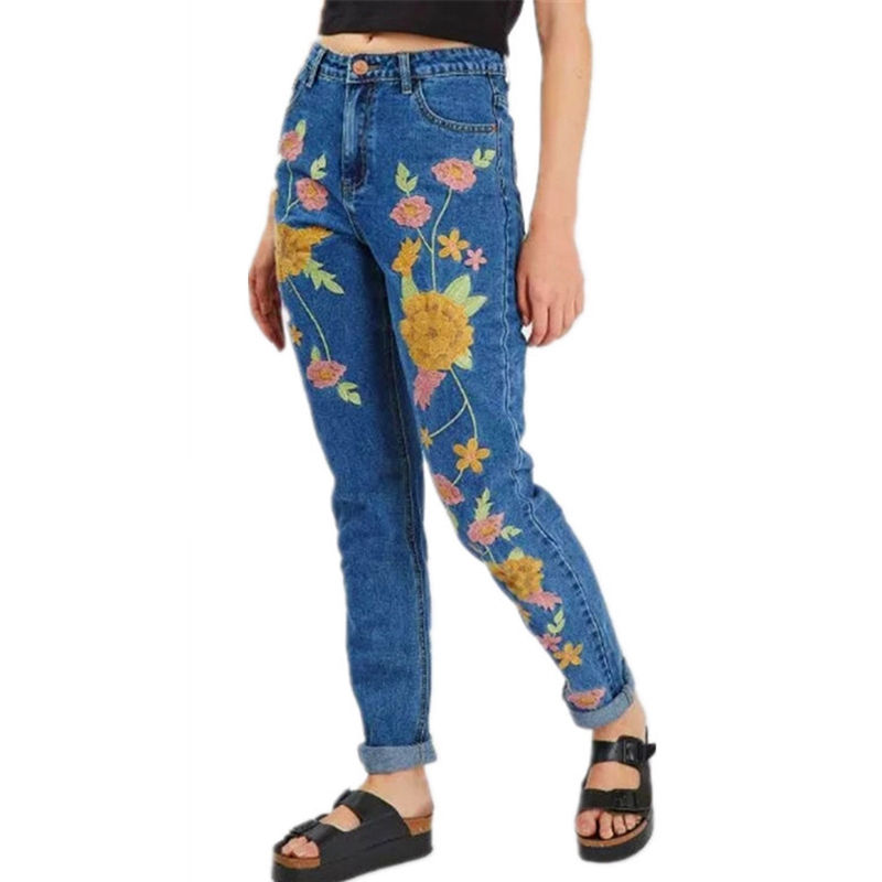 Denim embroidery jeans woman bottoms 2017 spring high waist straight jeans female Casual blue boyfriend jeans ladies pants p45 flower embroidery jeans female blue casual pants capris 2017 spring summer pockets straight jeans women bottom a46