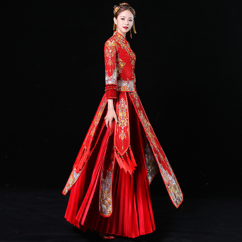 a47b9bdfe83b4 Women Phoenix Embroidery Wedding Dress Bride Traditions Traditional Evening  Gown Chinese Cheongsam Red Long Sleeve Qipao
