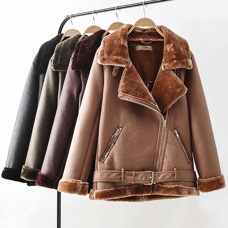 HTB1RGrFXdzvK1RkSnfoq6zMwVXa8 - Warm women's wintemotorcycle velvet jacket female short lapels fur thick Korean version plus velvet jacket bomber jacket