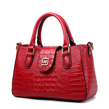 2016 new European brand women luxury handbag lady crocodile portable single shoulder handbag women temperament crossbody handbag
