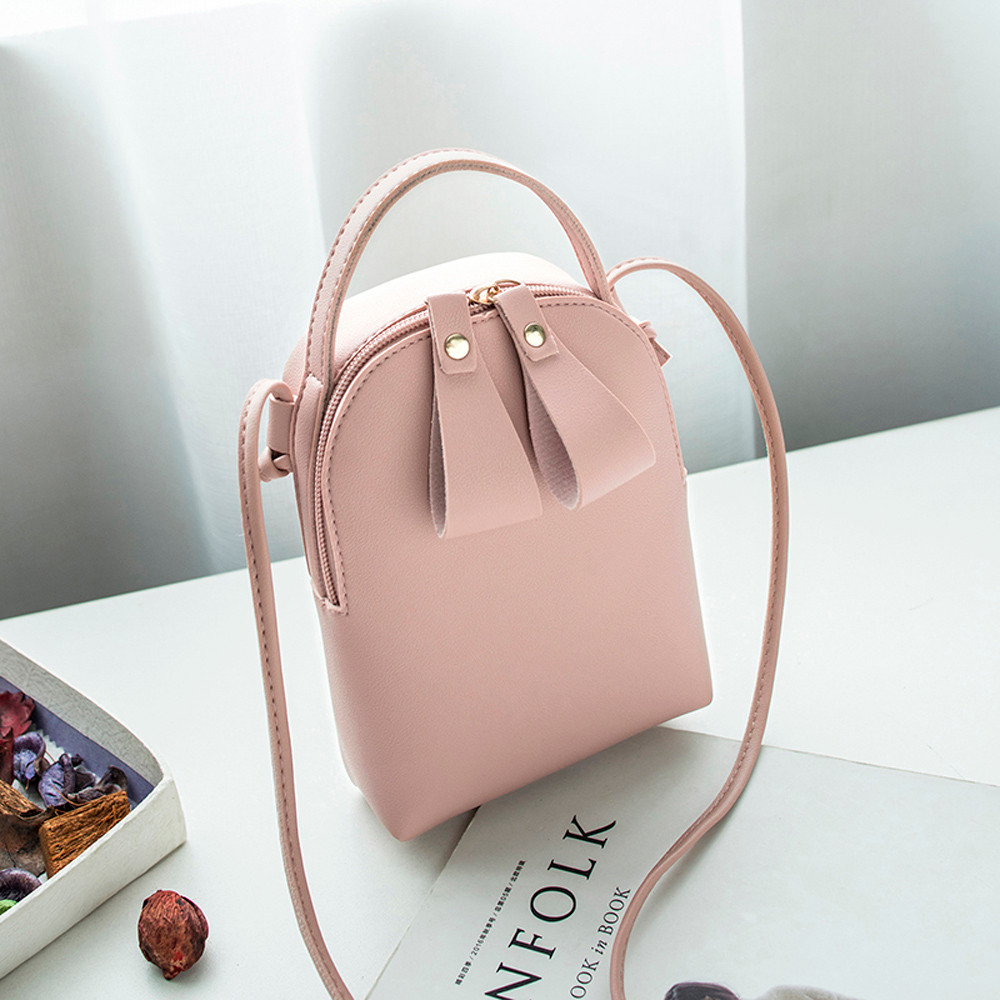 Women Crossbody Bags New Fashion Small Rivet Girls Flap Female Tassel Messenger Bags Fashion Candy Color Bolsa Mensageiro 2019