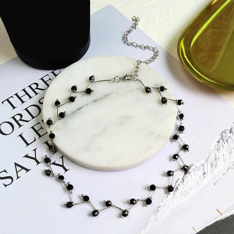 Ufavoirte New Hot Fashion Black Crystal Necklace Torques Bijoux Simple Cross Strand Beaded Chokers Necklaces Women Jewelry
