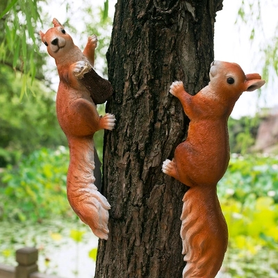 The squirrel garden courtyard resin animal outdoor landscape decoration resin handicrafts free shipping