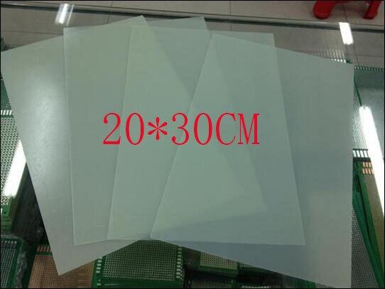 Бесплатная доставка 20*30 СМ 0.6 мм толщиной тест тест доска универсальная доска высокая температура доска изоляции доска зеленый стеклянная пластина
