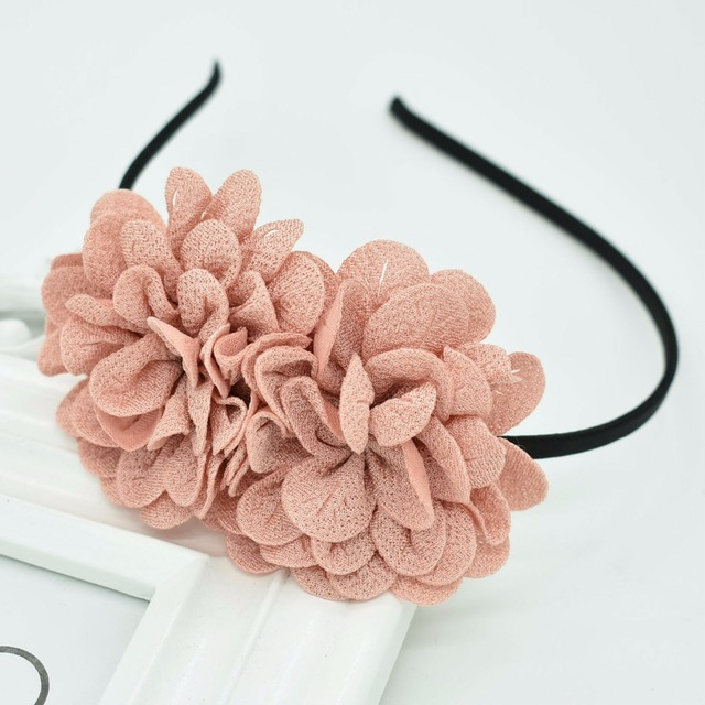 2018 New Children s flower headband hollow solid color accessories gum for hair  hair band girls headbands 7aa3aa0a4cfa