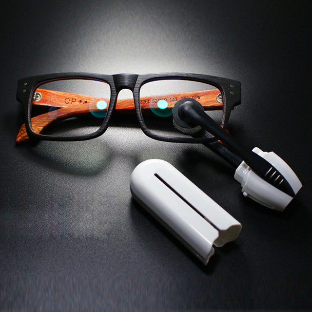 PEEPS – NASA Eyes Glasses Cleaning Technology
