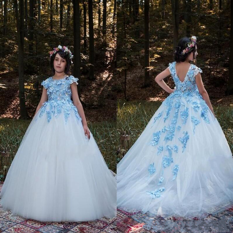 Fabulous   Flower     Girl     Dress   with 3D Floral Appliques For Weeding Backless Sleeveless Customized Kids Pageant Gowns with Train