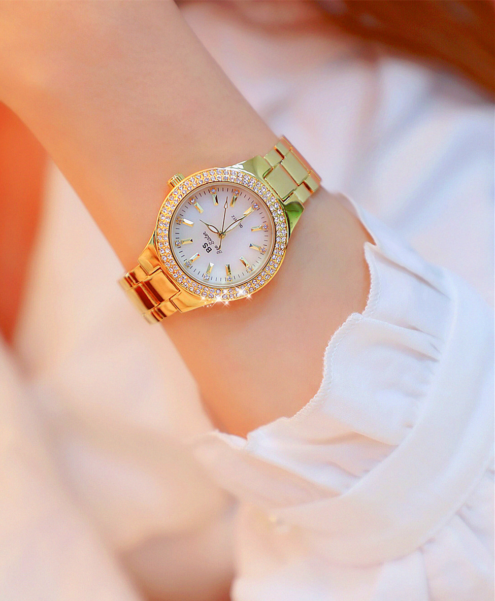 women watch 14