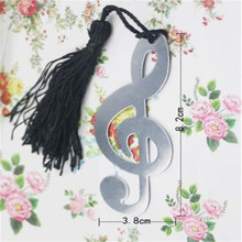 1 pc New Hollow Musical Notes Bookmarks Metal With Mini Greeting Cards Tassels Pendant Gifts Wedding Favors With Retail Box(China)