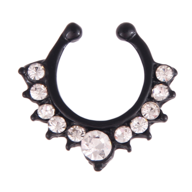 Qevila Crystal Fashion Clicker Fake Septum for Women Body Clip Hoop Vintage Fake Nose Ring Faux Piercing Body Jewelry Wholesale (1)