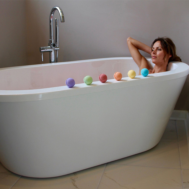 Color Random Natural Bubble Bath Bomb Ball Color Random Essential Oil Handmade SPA Bath Fizzy Christmas Gift for Her 2