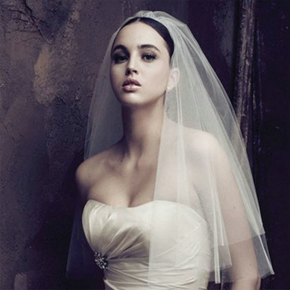 2019 Elegant Ivory Short Woman Bride Veils Two Layer 75 CM Veiling With Comb White Veil For Bridal Yashmac Tulle Wedding Purdah