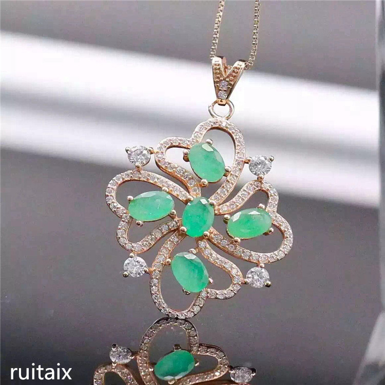 KJJEAXCMY boutique jewels S925 Pure silver natural emerald necklace inlaid jewelry female exotic gemstone pendant chrysanthemum s925 pure silver female models inlaid with natural stones lotus pendant thai silver delicately burnt blue brooch