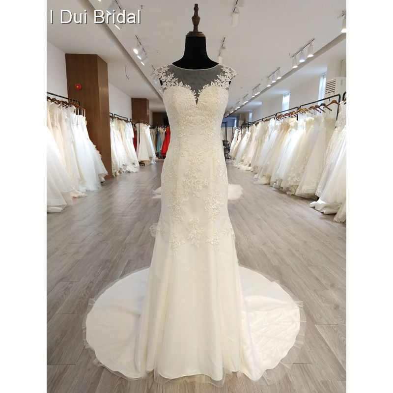 Crystal Tassel Wedding Dress A Line Lace Appliqued Bridal Gown Factory Real Photo