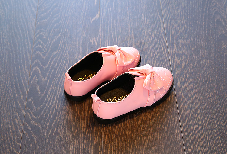 Girls shoes  11