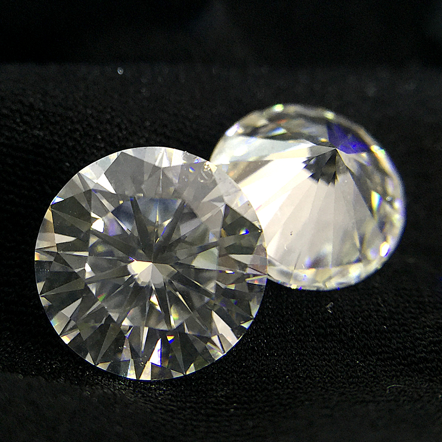 Round Brilliant Cut 1.2ct Carat 7.0mm GH Color Moissanite Loose Stone VVS1 Excellent Cut Grade Test Positive Lab DiamondRound Brilliant Cut 1.2ct Carat 7.0mm GH Color Moissanite Loose Stone VVS1 Excellent Cut Grade Test Positive Lab Diamond