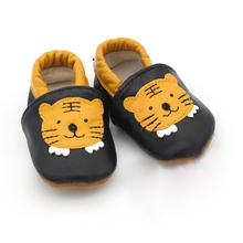 Angelatracy 2019 New Arrival Soft Infant Leather Baby Child Shoe Non-slip Tiger Animal Patchwork Toddler First Walker Prewalker