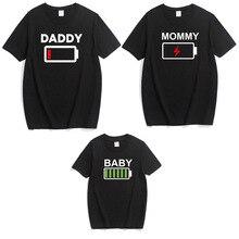 Семейные футболки с принтом батареи одежда для мамы и меня семейная Рождественская пижама хлопок, как отец, любовь, мама, рубашка