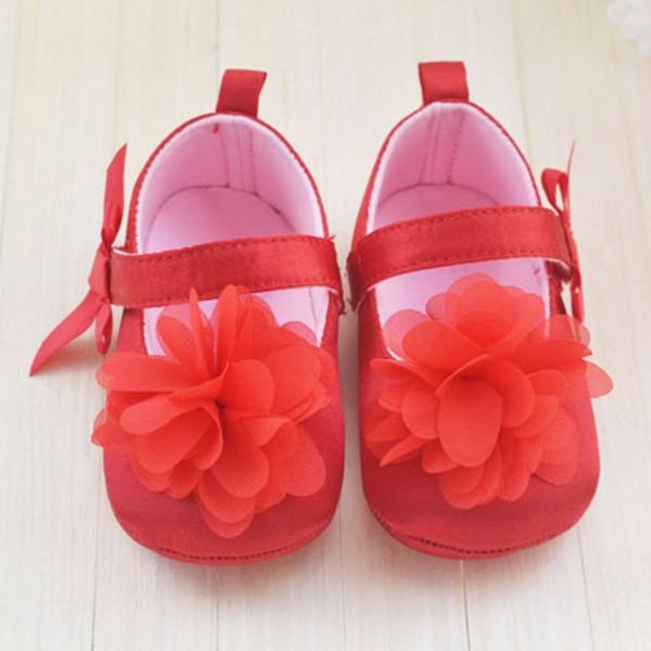 2d5aee47fe339 Fleur rouge princesse doux bébé chaussures pour fille bébé chaussure 3  taille Prewalker dans Premiers Marcheurs de Mère et Enfants sur  AliExpress.com ...