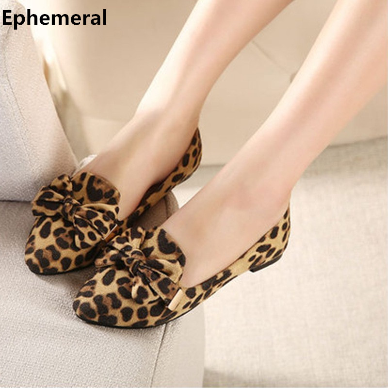 Lady Plus size US12 Bow-Knot Flats Leopard Printed Nubuckle leather Round toe Women Leisure Shoes Matching Shoes and Bags Italy female high quality sweet bow knot plus size 35 44 round toe women shoes on flats casual footwear matching shoes and bags italy