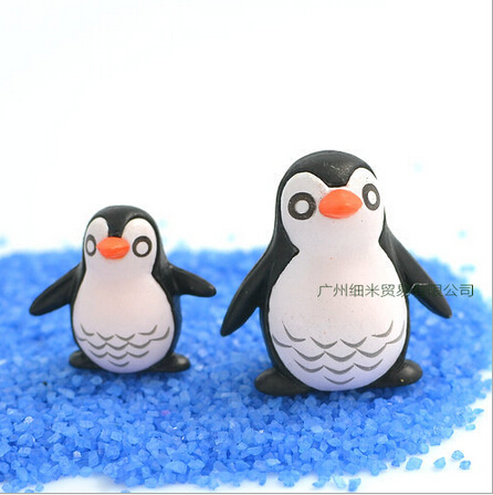 Free Shipping Fairy Garden 3 D Resin Micro Landscape Doll House Decoration Mini Resin Penguin Bb