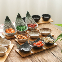 Japanese ceramic tableware fruit platter wooden tray creative ceramic plaid snack candy dish / sauce seasoning dish pickles dish