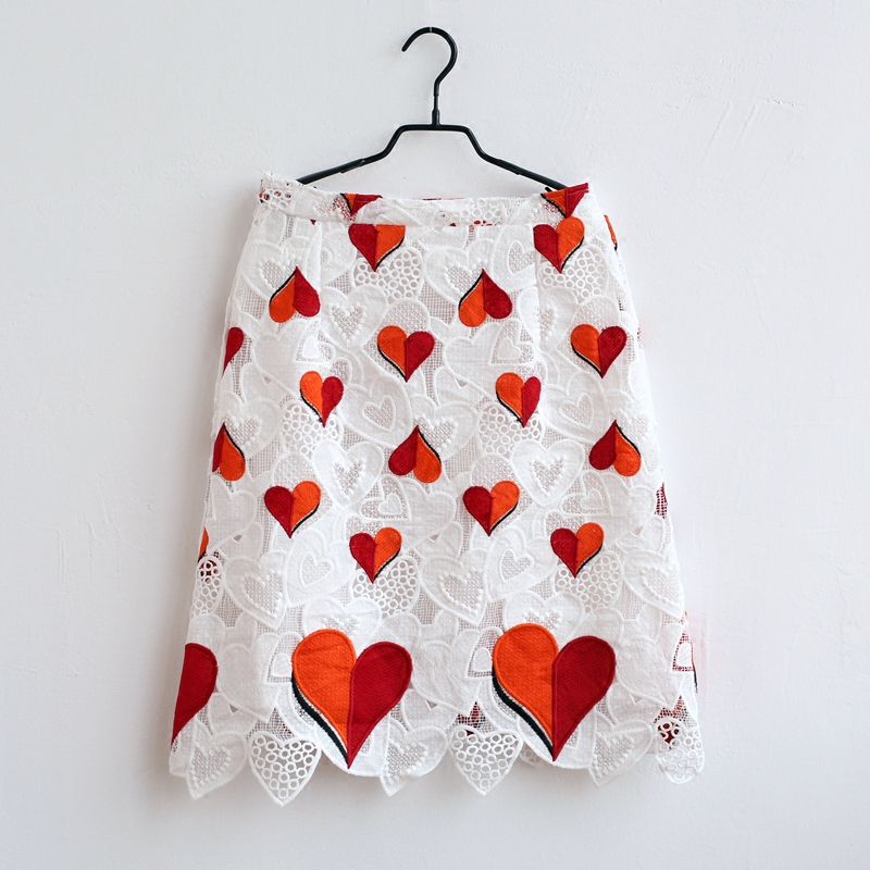 Luxury customized heart embroidery lace dresses mother and daughter princess skirt family clothing kids baby girls summer skirtsLuxury customized heart embroidery lace dresses mother and daughter princess skirt family clothing kids baby girls summer skirts
