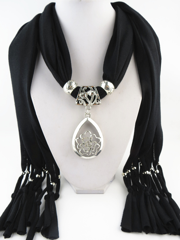 Top Fashion Jewelry Female Jewelry Scarf Polyester Pendant Scarf New Design Metal Flower Pendant Scarf Free Shipping
