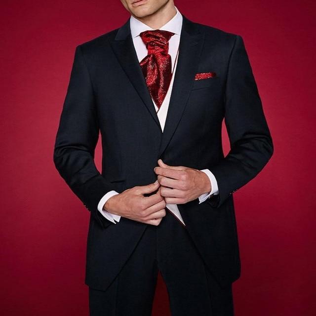 Hombres Blazer estilo azul real terciopelo hombres traje Handsome esmoquin  de boda para mejor hombre novio dc65629b1ae2
