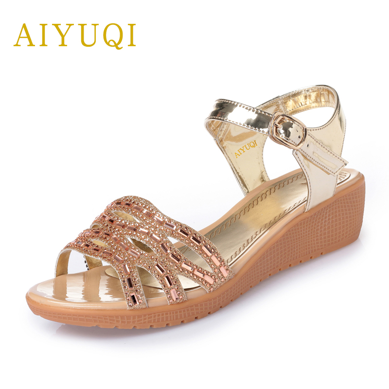 AIYUQI 2018 spring new genuine leather women's sandals casual flat sandals women plus size 41#42#43# ladies sandals shoes women aiyuqi 2018 new genuine leather women sandals summer flat middle aged mother sandals plus size 41 42 43 casual shoes female