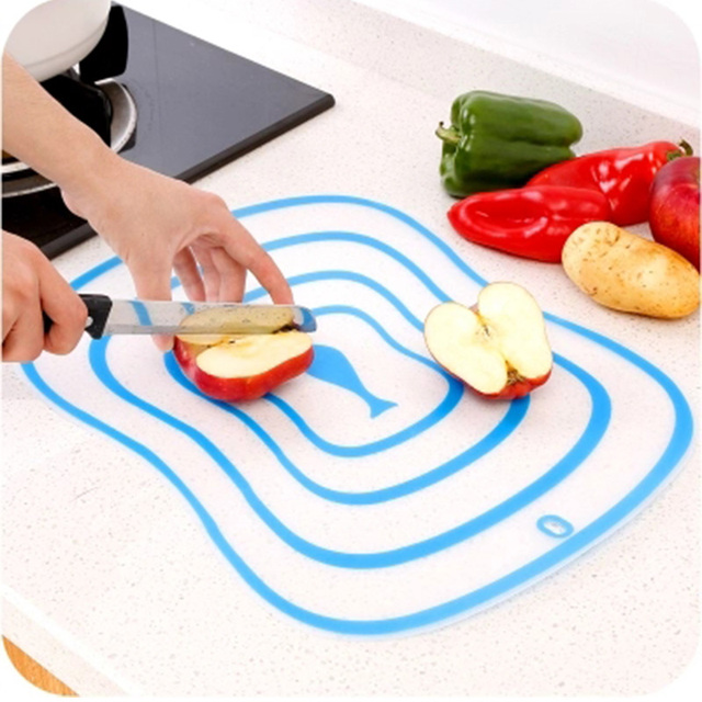 4Pcs/set Kitchen Non-Slip Plastic Cutting Boards Cut Chopping Block Portable Frosted Antibacteria Vegetable Meat Cutting Pad 2