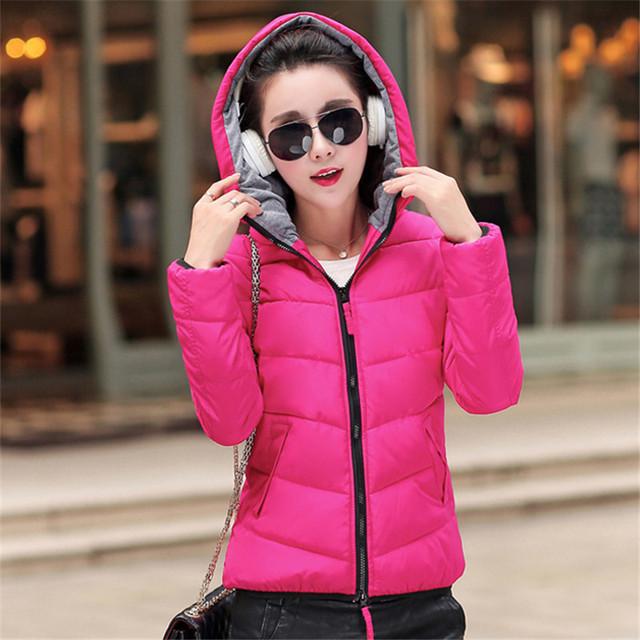 2017 outono jaqueta de inverno 4XL desgaste Neve jaqueta wadded short slim jaqueta de algodão Com Capuz parka casacos casaco de inverno mulheres DWF12